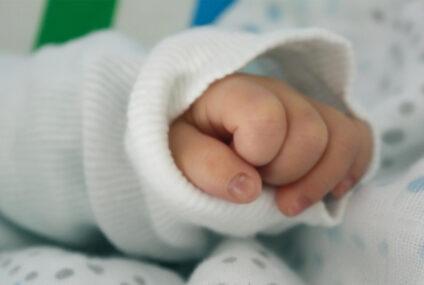 Nasce con l'intestino nel petto, salvato neonato al Policlinico Santa Maria alle Scotte di Siena