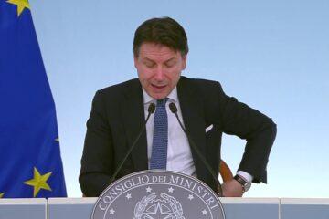 """Coronavirus, l'Italia diventa """"zona protetta"""""""