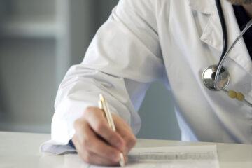 Emergenza Covid, Silvestro Scotti: «Per la Ragioneria di Stato la vita di un medico di famiglia non vale il costo di una mascherina. Pronti a chiudere gli studi».