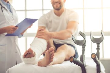 Fase 2: Ortopedia, semaforo verde per visite ambulatoriali e interventi semi-urgenti