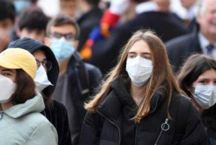 Campania, torna obbligo delle mascherine anche all'aperto