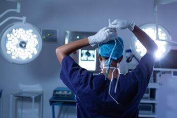 Campania, Policlinico Vanvitelli. Rinnovato il Sevizio di Radioterapia oncologica: nuova dotazione tecnologica con l'acceleratore lineare e un Ambulatorio con personale interamente dedicato.