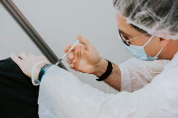 Vaccinazioni e personale sanitario, più  che un obbligo un'opportunita