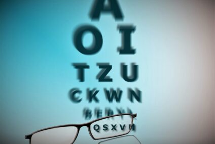 """Visione """"4K"""" senza occhiali: le lenti intraoculari sono l'alternativa al laser. Ma in Italia sono ancora poco conosciute"""